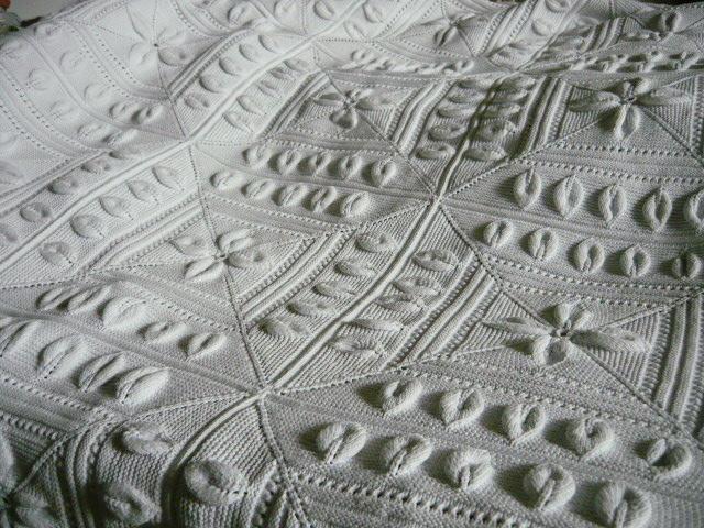 tricoter un couvre lit Linge ancien, antiquités, mercerie ancienne au Souffle d'Antan  tricoter un couvre lit