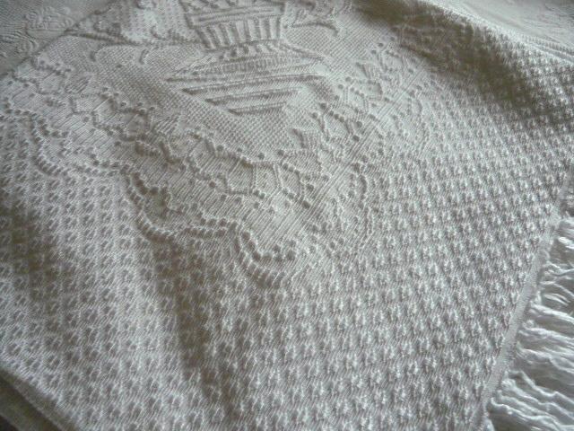 Linge ancien antiquit s mercerie ancienne au souffle d 39 antan linge de maison linge de lit - Dessus de lit pique de coton ...