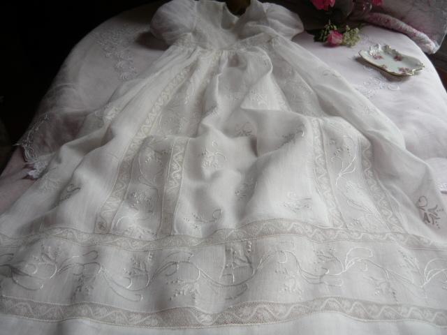 Robe de bapteme dentelle ancienne