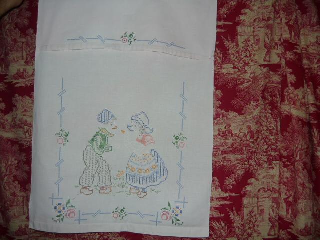 linge ancien antiquit s mercerie ancienne au souffle d 39 antan linge ancien divers linge. Black Bedroom Furniture Sets. Home Design Ideas