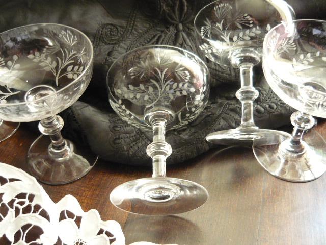 linge ancien antiquit s mercerie ancienne au souffle d 39 antan antiquit s et brocante objets. Black Bedroom Furniture Sets. Home Design Ideas