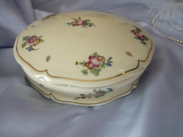 Porcelaine de limoges ancienne fabrique royale ustensiles de cuisine - La cuisine vient a vous limoges ...